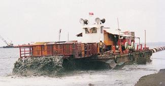 パンタイ ムティアラ薄層散布状況(インドネシア)